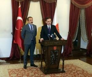 """Ankara Valisi Topaca: """"Sabotaj ihtimali ağrılık kazandı, bunun üzerinde çalışıyoruz"""""""