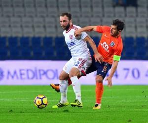 Emre Belözoğlu, Fenerbahçe maçında yok