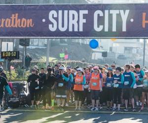 Amerika Surf City Maraton'da 12 binden fazla sporcu koştu