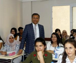 Akdeniz Belediyesi, Sadık Gültekin'i öğrencilerle buluşturuyor