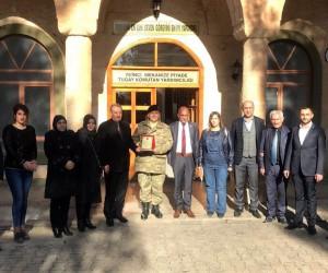 Midyat'ta 2 bin kişi gönüllü asker olmak için dilekçe verdi