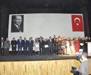 Gürün'de badem yetiştiriciliği kursiyerlerine sertifikaları verildi