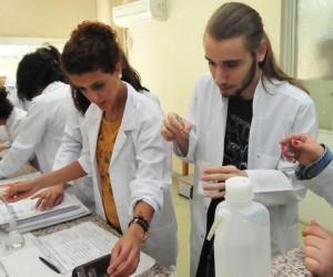 Ege Üniversitesi Hastanesi şifa dağıtıyor