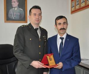 Atasının madalyasını aldı, Afrin'e gitmek için dilekçe verdi