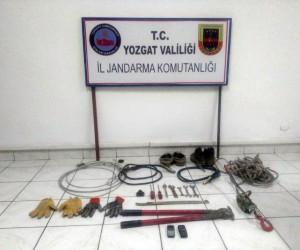 Yozgat'ta kablo hırsızlığı yapan 2 kişi tutuklandı