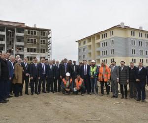 Sarayköy TOKİ konutları yükseliyor