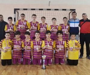Turhal Mimar Sinan ortaokulu hentbol il birincisi oldu