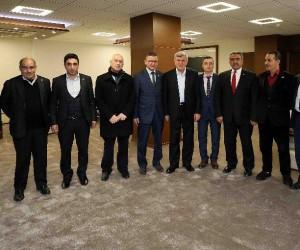 """Başkan Karaosmanoğlu, """"İslam asla özünden kopuk öğretilemez"""""""