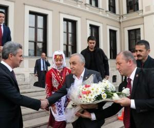 """Bakan Fakıbaba: """"Et ithalinin en önemli sebebi anaç olmaması"""""""