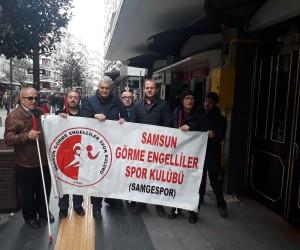 Görme engellilerden Samsunspor'a destek