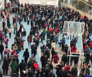 Diyarbakır'da 'bursluluk sınavı' izdihamı
