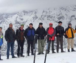 Hakkarili dağcılardan Vatan Tepesi'ne tırmanış