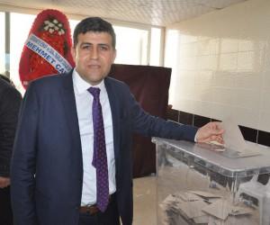 Kadirli'de şoförlerin yeni başkanı Ozan Atılgan oldu