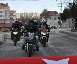 Eskişehir'de 180 araçla konvoy yapıp asker olmak için dilekçe verdiler