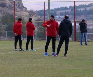 Evkur Yeni Malatyaspor'da Erol Bulut'tan futbolcularına uyarı