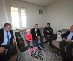 Başkan Yaralı, ALL hastası minik Elif'e 'umut' oldu