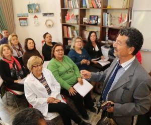 Mezitli'de yaşlılar aktif olarak yaşam sürdürüyor