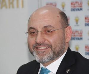 Başkan Ali Çetinbaş: Zafer Meydanı'nı miting alanı olmaktan çıkartalım
