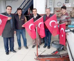 Küçük Sanayi Sitesi Türk Bayrağıyla donatıldı