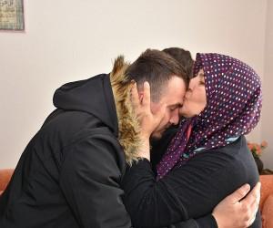 Afrin Gazisi, şehit komutanı Ömer Bilal Akpınar'ın kabrini ziyaret etti