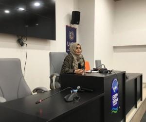 Gazeteci Halime Kökçe, yeni nesil iletişimcilerle bir araya geldi
