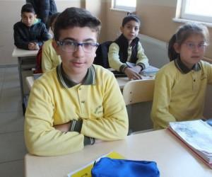 Suriyeli öğrenciden Afrin'deki Mehmetçiğe mektup