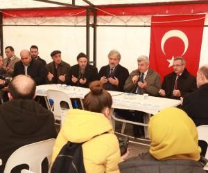 Başkan Karaosmanoğlu şehit İlker Ağçay'ın ailesini ziyaret etti