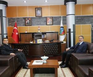 Başkan Alemdar, İl Jandarma Komutanı Yiğit ile bir araya geldi
