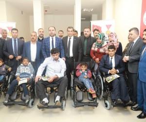Belediye Başkanı Nihat Çiftçi, engelliler ile bir araya geldi
