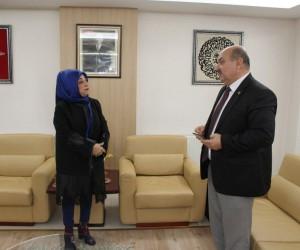 Kadınana Gazetesi'nden ESOB' Başkanı Konak'a ziyaret
