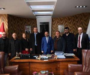 Başkan Üzülmez, CHP Kartepe yönetimini ağırladı
