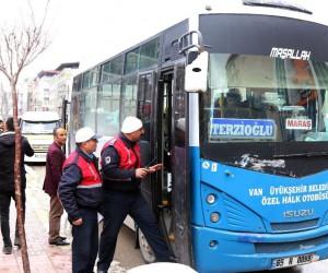 Van büyükşehir otobüs ve minibüsleri denetledi