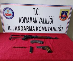 Jandarma uzun namlulu silah ve tabanca ele geçirildi