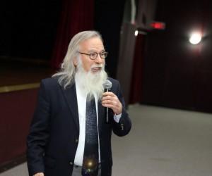 """Prof. Dr. Ethem Derman: """"Uzaylıları ancak, bu işten ekonomik kazanç sağlayan üç kağıtçılar görüyor"""