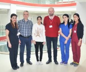 Iraklı kız şifayı Türkiye'de buldu
