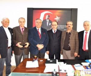 İbrahim Öztek'ten sigara, alkol ve uyuşturucu konulu konferans