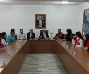 Başkan Karataş'tan başarılı sporculara ödül