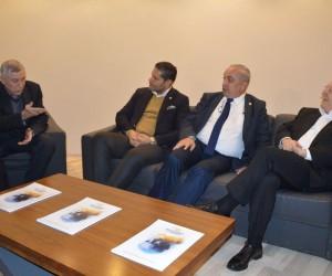 Aziz Yıldırım'dan Konya Fenerbahçeliler Derneğine ziyaret