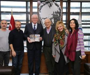 Kazım Kurt, Gülsin Onay ve Atilla Dorsay'la buluştu