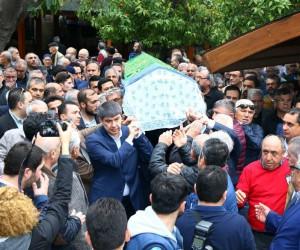 Gazeteci Haluk Üncel son yolculuğuna uğurlandı