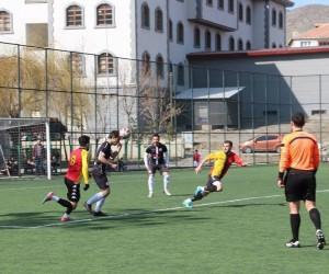 25 Mart Oltuspor'dan yarım dizine gol: 6-0