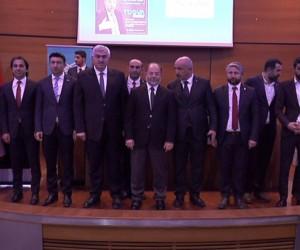 Başbakan Yardımcısı Recep Akdağ, gençlerle bir araya geldi