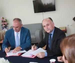 İncirliova Belediyesi ve Yüksel Yalova Güzel Sanatlar Lisesinden işbirliği protokolü