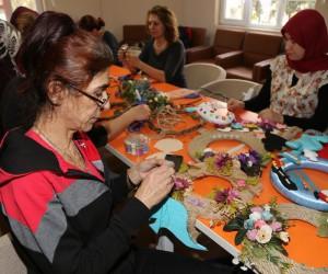 Kadınlar, Efeler Belediyesi ile üretiyor