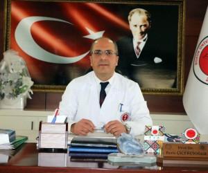 Yozgat'ta kalbi duran hastaya sedye üzerinde müdahale etti
