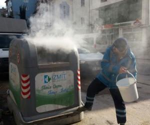 İzmit'ye her yıl 100 çöp konteyneri kullanılamaz hale getiriliyor