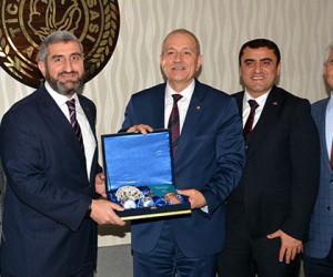 """Çalışkan: """"Adana yatırım yapılabilir kent"""""""