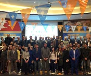 Milletvekili  Aydemir gençlerin AK coşkusunu paylaştı