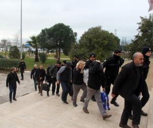 Devleti 600 Milyon TL zarara uğratan kaçak akaryakıt çetesi üyesi 40 kişi adliyeye sevk edildi