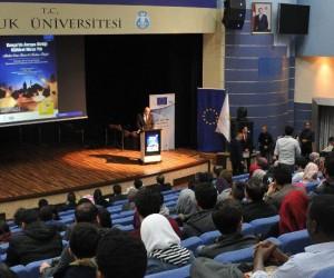 Konya'da öğrencilere Mevlana anlatıldı